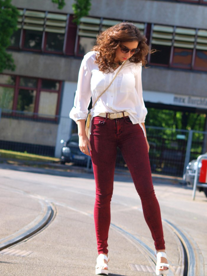 outfit asos ridley oxblood jeans and silky blouse white sandals asos sunglasses