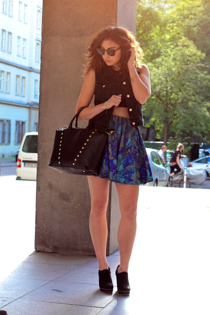 #FCfindyour look h&m trend skirt monki waistcoat complete sunglasses
