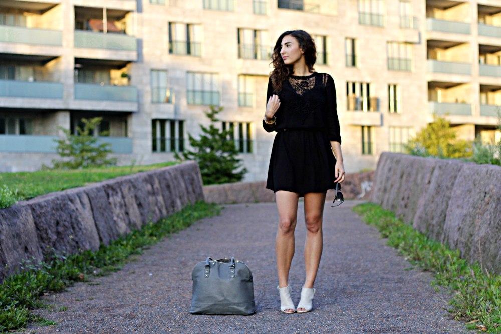 black lace dress complete