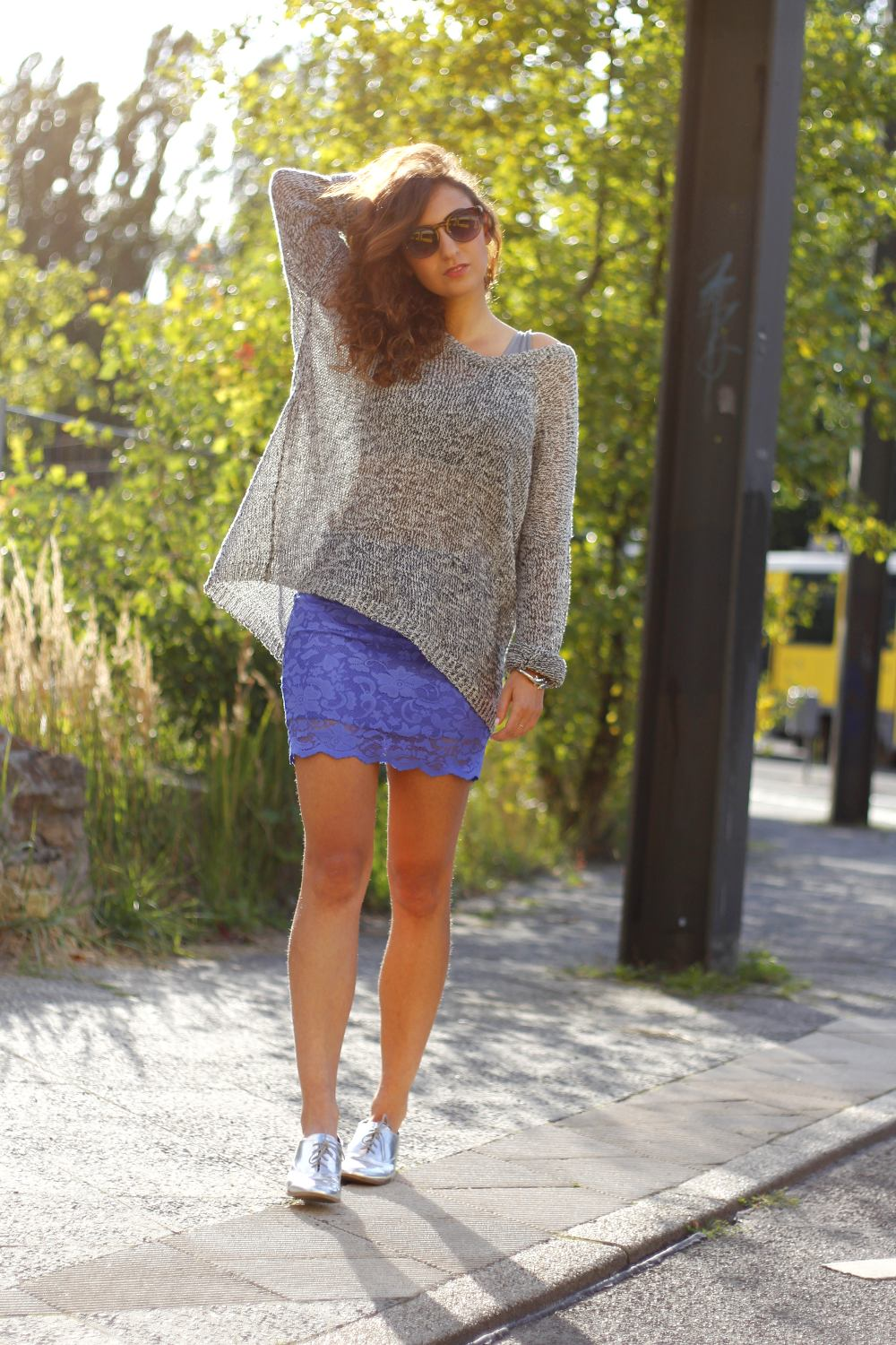 lace mini skirt complete sunnies