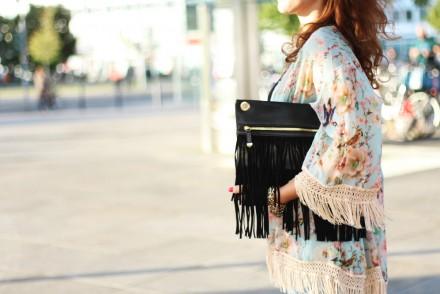 fringed kimono_quer details