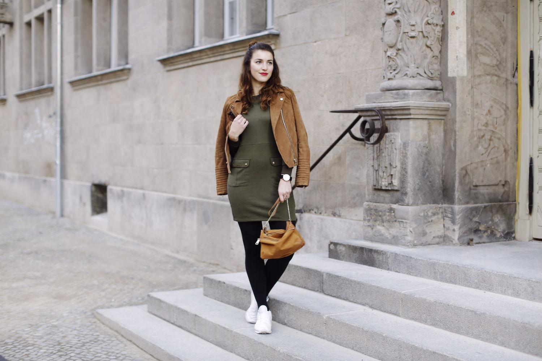 military dress_quer ganz
