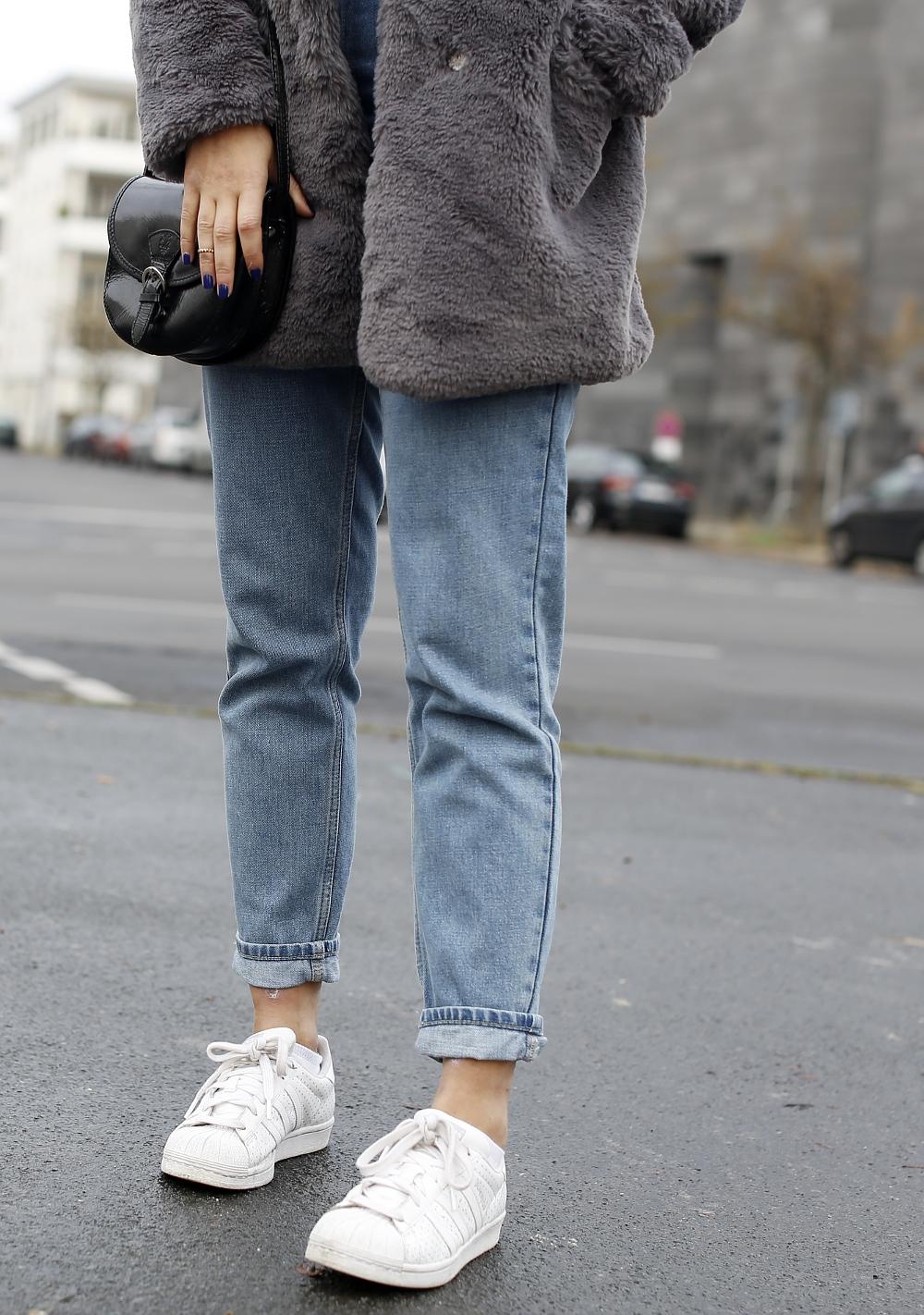 grey plush coat  bomboogie grey fake fur coat jacket teddy fur furry jacket fluffy coat mom jeans MOTO Topshop mom jeans highwaist adidas superstars women outfit girl streetstyle samieze fashionblog