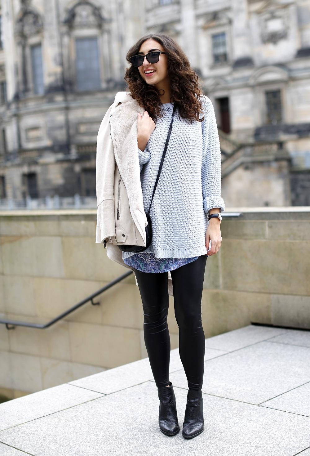 Leather Leggings Outfit layering paisley dress oversize babyblue sweater leather leggings shearling jacket streetstyle winter blogger look samieze leder hose