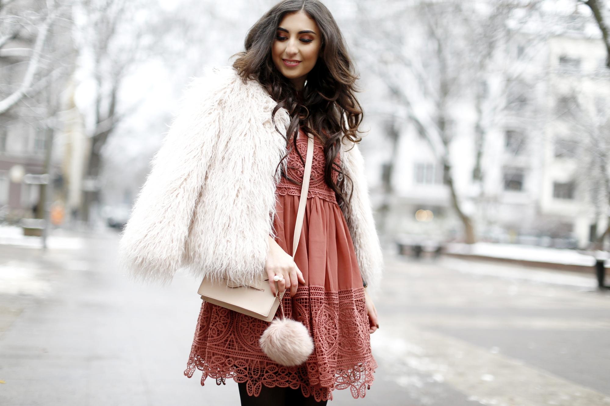 Winter Birthday Outfit asos lace dress rust dress vikings look inspiration zara faux fur jacket geburtstags outfit winter herbst samieze streetstyle