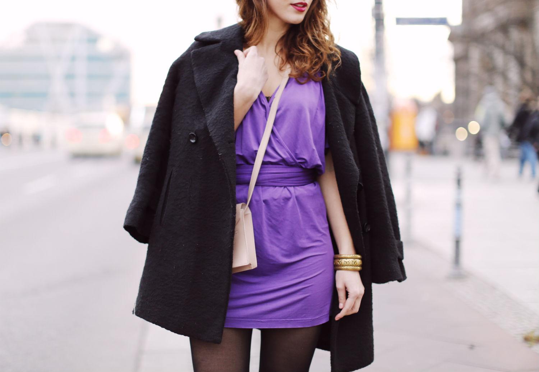 zara wrap dress kimono sleeves purple dress zara party outfit nude bag mango black pointed heels cut out boots