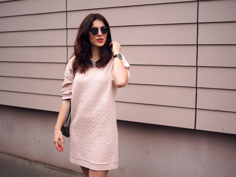 pink dress halb quer 2