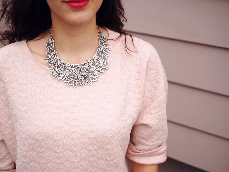 pink dress quer details 2