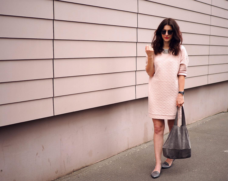 pink dress quer ganz 3