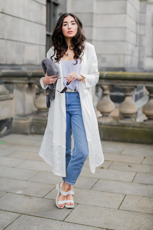 Aallaa Moda Lace Coat