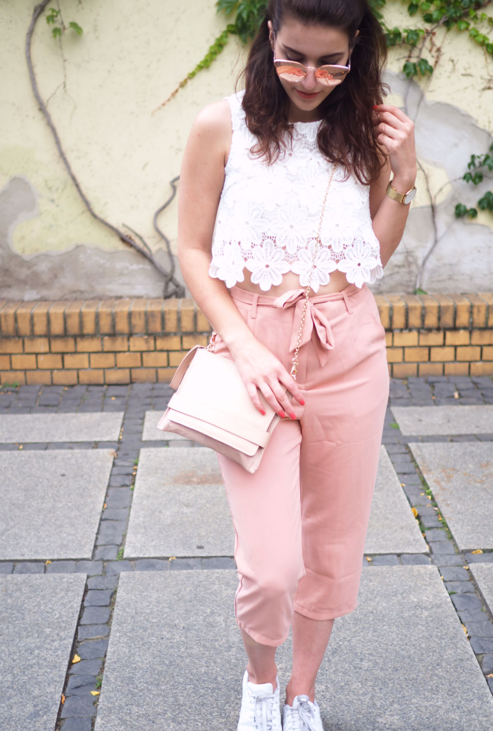 blush culottes adidas superstars streetstyle oasis cluse watch summer look berlin fashion week quay all my love