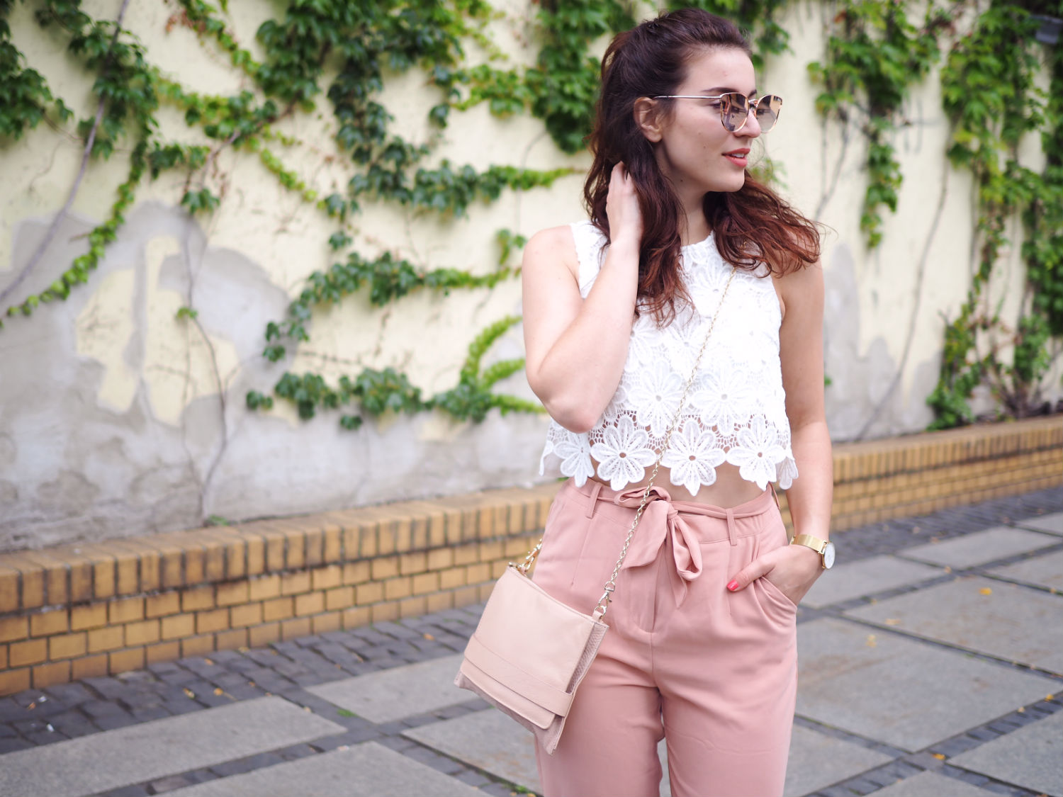 blush culottes adidas superstars streetstyle oasis cluse watch summer look berlin fashion week
