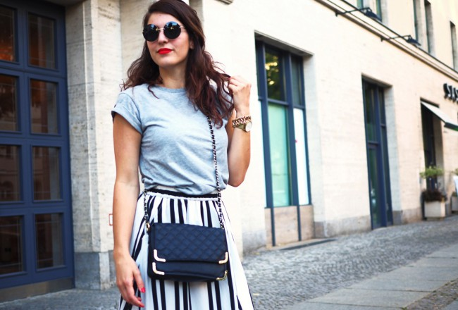 zaful striped skirt street style summer asos quilted chain bag adidas white superstar round sunglasses summer look midi length