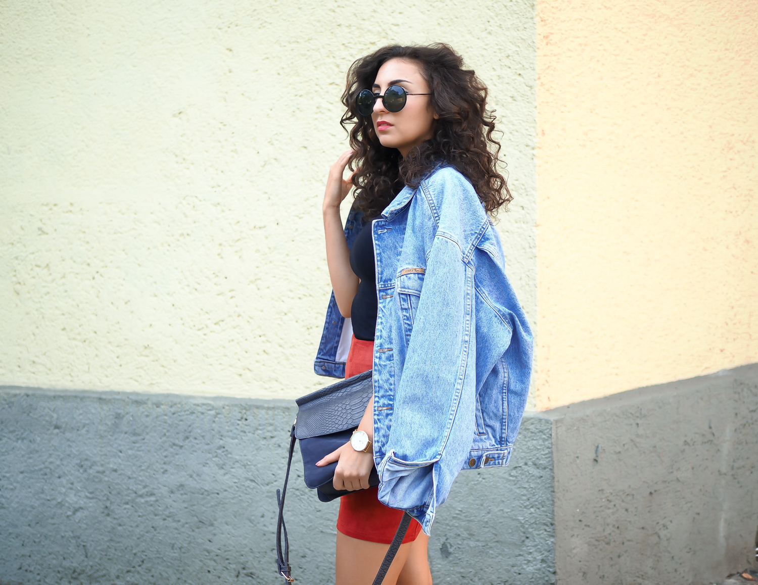 Suede Leather Mini Skirt brown orange pointed boots how to style a vintage denim jacket reserved retro fashion deutschland summerlook fall fashionblogger samieze berlin mode blog