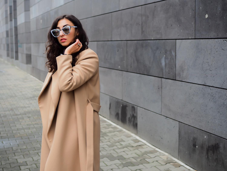 wpid-ivyoak-bathrobe-coat-camel-wrapcoat-maxi-mantel-beige-streetstyle-topshop-mom-jeans-asics-gel-lyte-iii-fashionblog-winterlook-herbst-outfit-berlin-samieze-modeblogger-5.jpg.jpeg