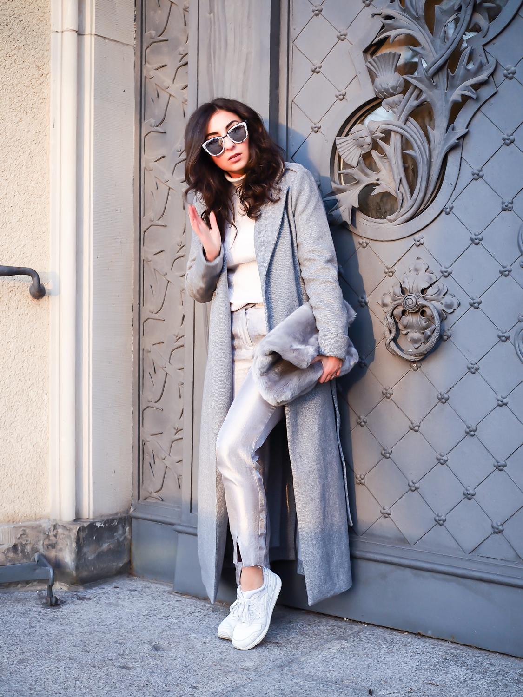 mint and berry long grey wool coat wintermantel lang streetstyle suit pants silver cigarette pants asics gel lyte sneaker look girl female streetstyle samieze fashionblogger modeblog berlin