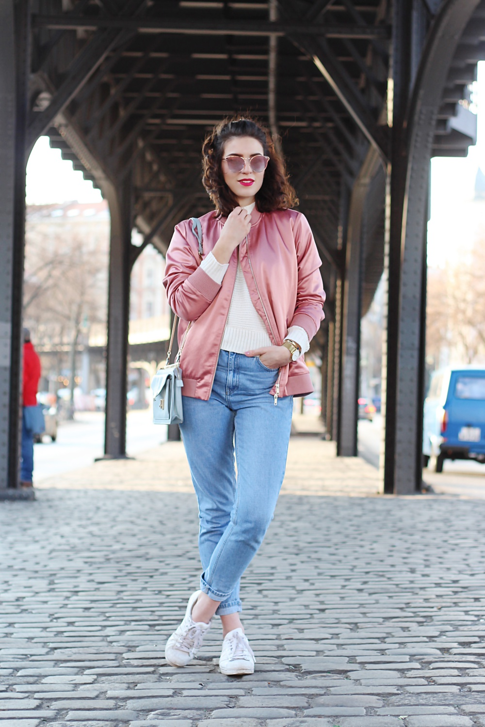 Pink Bomber And Mom Jeans Fashion Blog From Berlin