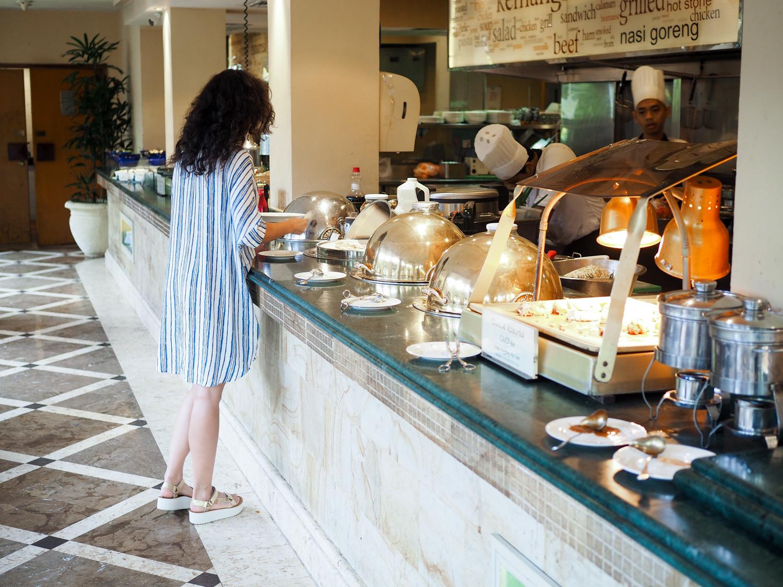 travel blog reise blogpost travel blogger yogyakarta java indonesia hyatt regency prambanan borobodur tour tipps travelguidereview experience germany berlin samieze-13