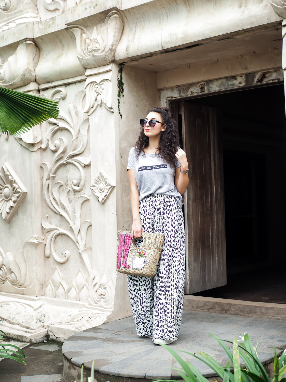 tropical looks travel outfit diary southeast asia streetstyle indonesia kuala lumpur yogoyakart holidaylooks urlaubsoutfits fashionblog modeblog fashion blogger germany berlin samieze