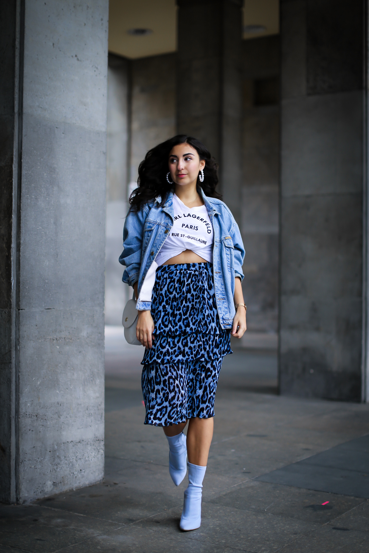 leopard midi skirt fall trend animal print midiskirt denim jacket nakd streetstyle fashion modeblog berlin blog samieze-3