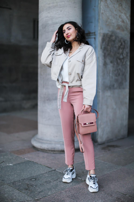 dad sneaker pink suit pants nakd hose sacha shoes pastell spring frühlingslook fashionblog modeblog berlin-18