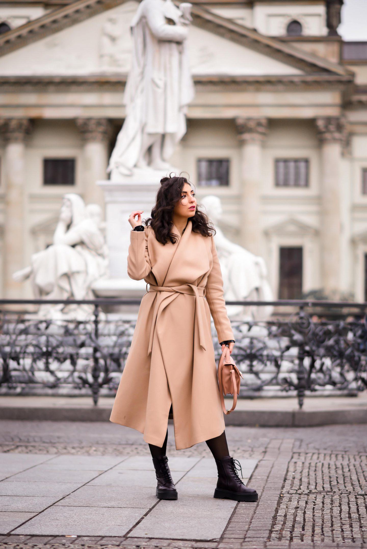 camel coat and combat boots winter style fashion week berlin ivy oak coat