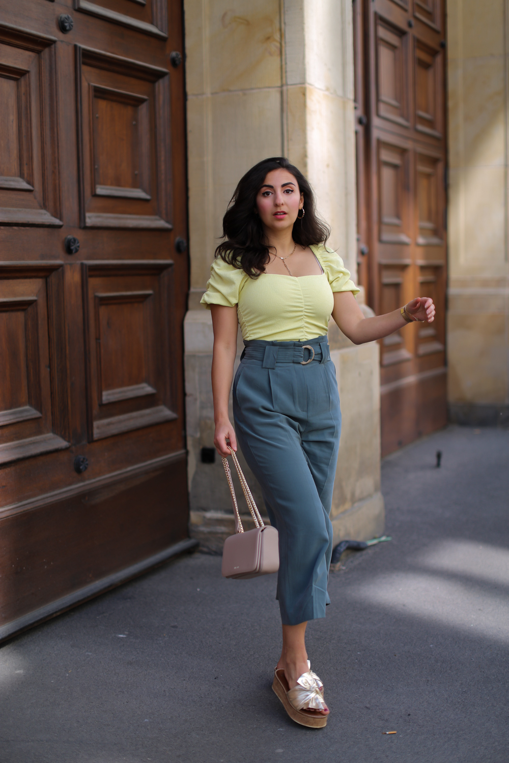 outfit green and yellow mango culottes pants suit pants summer look wedges inyati bag green yellow elegent office summer style 2020 berlin samieze